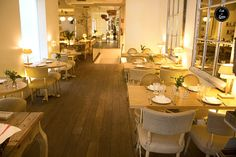 Naia Bistro, en la Plza de la Paja, es una absoluta monada (perfecto para cena romántica) y (sorpresa) se come bien y a un buen precio