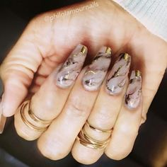 Gold marble manicure
