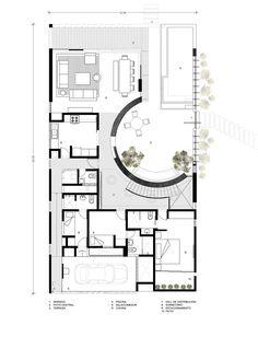 Image 22 of 25 from gallery of Ronda House / Marina Vella Arquitectura Urbanismo. First floor plan Modern House Plans, Modern House Design, House Floor Plans, Villa Plan, Architectural House Plans, Narrow House, House Elevation, House Layouts, Architecture Plan