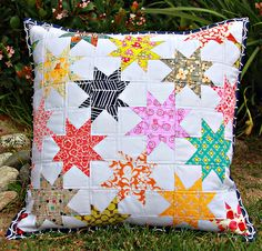 mini quilt wonky star pillow... very fun! need to try one of these!