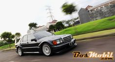 Replika Mercedes-Benz 190E (W201) Evolution II Mantan Race Car - BosMobil.com