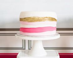Pink and Gold Cake Cake for holiday Pink Gold Cake, Baking Party, Cupcakes, Specialty Cakes, Wedding Cake Toppers, Wedding Cakes, Buttercream Cake, Pretty Cakes, Cake Creations