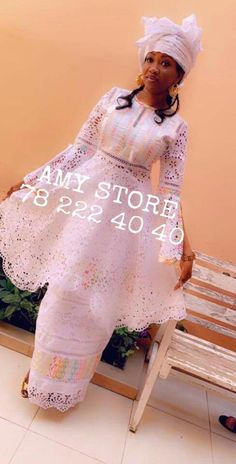 Tenue africaine Long Dress Fashion, African Fashion Skirts, African Wear Dresses, African Attire, Fashion Line, African Print Dress Designs, African Design, Modest Wedding Dresses With Sleeves, Shweshwe Dresses