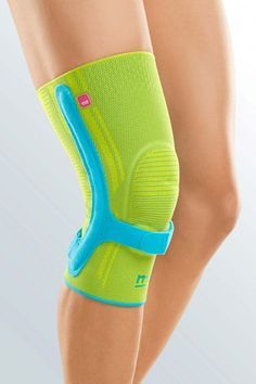 Genumedi PSS - The Genumedi PSS knee support is the optimal combination of a tried-and-tested knee support and a patellar support strap for reliable guidance and stabilisation of the knee joint and to Patella Fracture, Knee Reconstruction, Osgood Schlatter Disease, Acl Recovery, Orthotics And Prosthetics, Runners Knee, New Technology Gadgets, Kinesiology Taping, Knee Surgery
