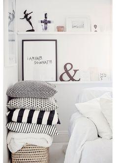"""#White #black #inspiration #interior #design #pillows #home #decor Foto """"pinnata"""" dalla nostra lettrice Silvia Fabris, blogger di Civico19"""