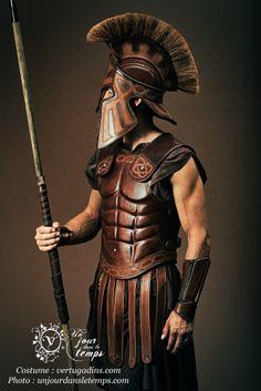 armure grecque costume Les Vertugadins http://www.vertugadins.com/penderie Photo Stéphane  Casali www.unjourdansletemps.com/