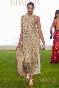 Gold Aboutir-collection -INDIAN-PAKISTANI-WEDDING-DRESS-CATWALK-FASHION_DSC2471