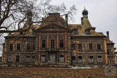 Mansão Abandonada na Polônia .