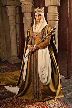 Isabel Michelle Jenner as Isabel I of Castile