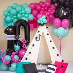 Dance Party Birthday, Barbie Birthday, 10th Birthday Parties, Circus Birthday, Slumber Parties, Birthday Balloons, Birthday Party Themes, Diy Birthday Decorations, Balloon Decorations