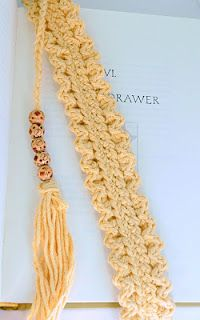 crocheted shell bookmark pattern