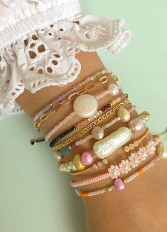 Pearl Jewelry, Diy Jewelry, Jewellery, Bangles, Bracelets, Elsa, Piercings, Craft Projects, Jewels
