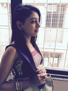 Ms. Murthy Teen Actresses, Indian Actresses, Bollywood Fashion, Bollywood Actress, Desi Girl Selfie, Niti Taylor, Tv Girls, Stylish Girl Pic, Girly Pictures