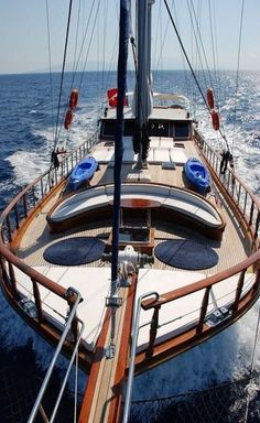 Top Luxury Blue Cruise Charters with Boat & Yacht in Italy and France on Gulet Victoria & Alissa, come live the dream & make memories in Sardinia & Corsica. Sailing Cruises, Sailing Ships, Cruise Italy, Yacht Builders, Sailing Holidays, Naval, Italy Holidays, Yacht Boat, Sailboat Yacht