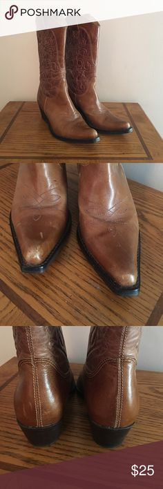 Women's leather cowboy boot. Size 6 1/2. Has some scratches on toes and heels as seen in pic. Shoes Heeled Boots