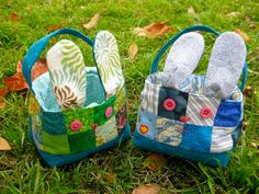 Love these patchwork bunny Easter baskets Hoppy Easter, Easter Bunny, Easter Tree, Craft Projects For Kids, Sewing Projects, Sewing Tutorials, Craft Ideas, Diy Projects, Easter Baskets To Make