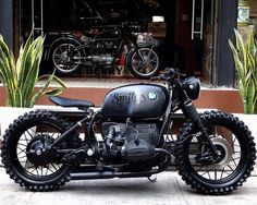 Picture could contain: Motorcycle - Café Racer - Motorrad Blitz Motorcycles, Cool Motorcycles, Vintage Motorcycles, Bmw Cafe Racer, Cafe Racer Build, Motos Bmw, Cafe Racer Motorcycle, Classic Motorcycle, Women Motorcycle