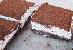 Tvarohovo - šlehačkový koláč bez mouky
