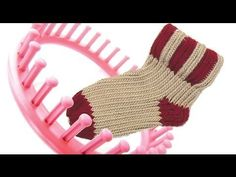 How to knit a sock on a round knitting loom socks - YouTube