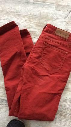 Mein Skinny Bordeaux 28/32 Jeans Only von ONLY! Größe 36 / S für 20,00 €. Sieh´s dir an: http://www.kleiderkreisel.de/damenmode/jeans/139481354-skinny-bordeaux-2832-jeans-only.