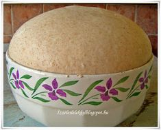 How To Make Bread, Bon Appetit, Food And Drink, Cookies, Tableware, Home, Crack Crackers, Dinnerware, How To Bake Bread