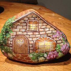 Fabulous little brick cottage!