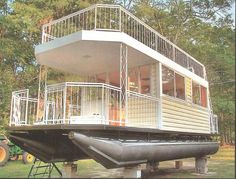 """Sarah said we should call this """"gloating"""" for glamorous boating as in """"glamping"""" for glamorous camping.PP: Never said my home had to be on land!"""