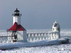 St. Joseph, #MI : St Joseph #Lighthouses    http://dennisharper.lnf.com/