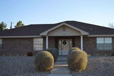 1036 Ivy Dr, Roswell, NM 88203