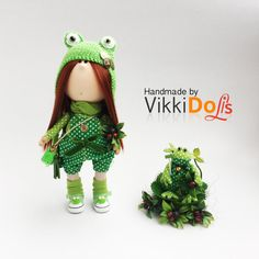 Hey, I found this really awesome Etsy listing at https://www.etsy.com/listing/488482312/textile-doll-green-frog-toy-kitting-cap