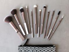 Cailap-blogi: LOOKS by cailap siveltimet - makeup brushes #Cailap #LOOKSbycailap #makeupbrushes Makeup Brushes, Beauty, Paint Brushes, Beauty Illustration