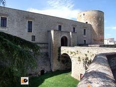 Venosa (PZ) Italy - il castello. 40°58′00″N 15°49′00″E