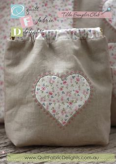 Quilt Fabric Delights Creative - QFD Creative Tilda spring purse-no pattern Patchwork Bags, Quilted Bag, Fabric Bags, Fabric Scraps, Spring Purses, String Bag, Love Sewing, Knitted Bags, Handmade Bags