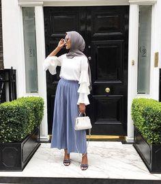 Hijab Fashion | Nuriyah O. Martinez | Hijab style <3 Pinterest @adarkurdish