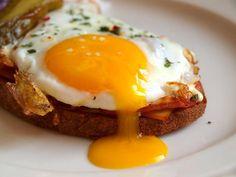 Hamburger, Sandwiches, Toast, Eggs, Cooking, Breakfast, Burgers, Food, Yellow