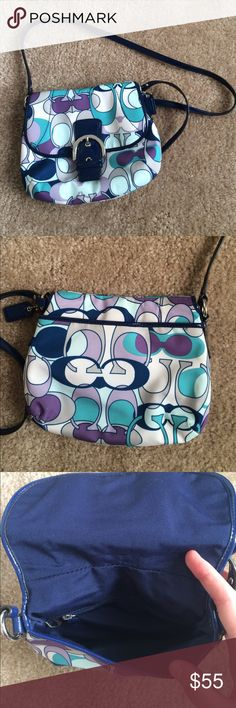 Authentic Coach Purse Bought from Coach Outlet store. Authentic. In great condition! Rarely used. Can be used on one shoulder or as a crossbody. Perfect little purse for just the essentials! Offers welcome! ✨ Coach Bags Shoulder Bags