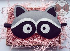 dream handmade sleepmask sleep_mask маска для сна фетр sleep cute маска_для_сна маска_фетр raccoon Diy Projects To Try, Sewing Projects, Diy And Crafts, Crafts For Kids, Disney Princess Babies, American Heritage Girls, Felt Mask, Baby Images, Practical Gifts