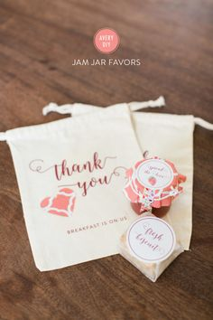 DIY Jam favors: http://www.stylemepretty.com/2015/05/11/diy-jam-jar-favors-with-avery/