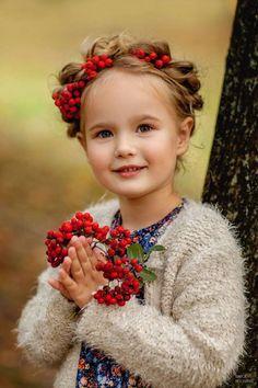 s Clothing Children' Beautiful Little Girls, Beautiful Children, Beautiful Babies, Cute Kids, Cute Babies, Kind Photo, Kids Around The World, Foto Baby, Precious Children