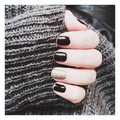 .@Billie Rose | Festive nails part 2, all my nail polish favorites on the blog today --> w... | Webstagram