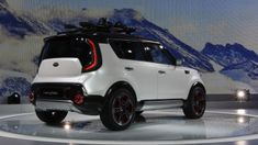 Kia unveils its all-wheel-drive Soul Trailster Concept at the 2015 Chicago Auto Show. (20 photos)