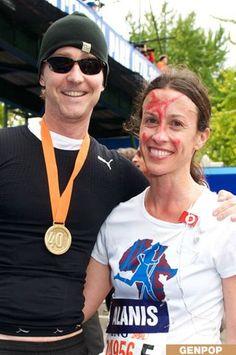 Ed Norton and Alanis Morissette running the NYC Marathon