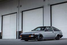 Loving the silver! Corolla Ae86, Scion Frs, Jdm Cars, Subaru, Cool Cars, Old School, Toyota, Japan Cars, Rally
