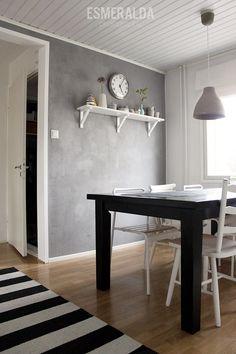 laastiseinä - Google-haku Kings Home, Scandinavian Style, Living Area, Dining Bench, Sweet Home, Shelves, Interior Ideas, Wall, Kitchen