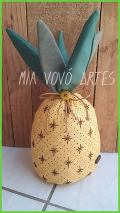 Cute Crafts, Diy And Crafts, Arts And Crafts, Sewing Hacks, Sewing Projects, Potholder Patterns, Shell Art, Handmade Pillows, Craft Ideas