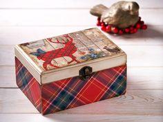 Christmas Wooden Jewelry Candy Tea Box by HandmadeDecoupage, €21.34