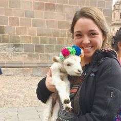 An Easy Way to Get By in Spanish ? And You Only Need 138 Words\ - Learn Spanish Education English, Teaching English, Best Volunteer Abroad Programs, Spanish Courses, Pediatric Nursing, Learning Spanish, Childcare, Pet Care, Peru