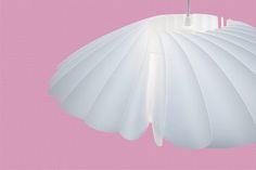 Abażur do lampy wiszącej. Twist to pięka designerska lampa do nowoczesnego salonu.