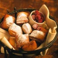 Beignets. This is a great recipe. Beignets, Breakfast Recipes, Dessert Recipes, Delicious Desserts, Yummy Food, Bread Machine Recipes, Saveur, Soul Food, Food Inspiration