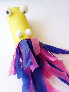 Pour fêter le nouvel an chinois avec les enfants, fabriquez un dragon traditionnel cracheur de flammes. Avec un simple rouleau de papier toilette vide et du papier on réalise un terrifiant dragon. Quand on souffle dedans, les flammes virevolte, c'est magique !